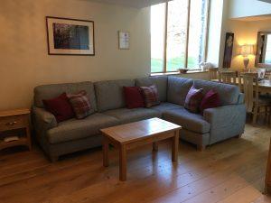 Woodmans Cottage lounge